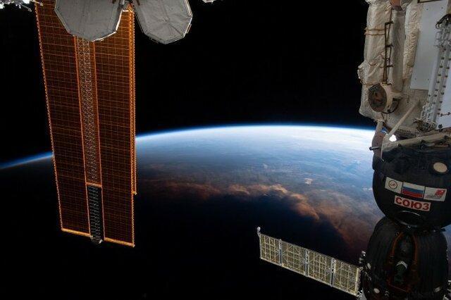 نصب علائم هدایت برای موقعیت های اضطراری در ایستگاه فضایی بین المللی