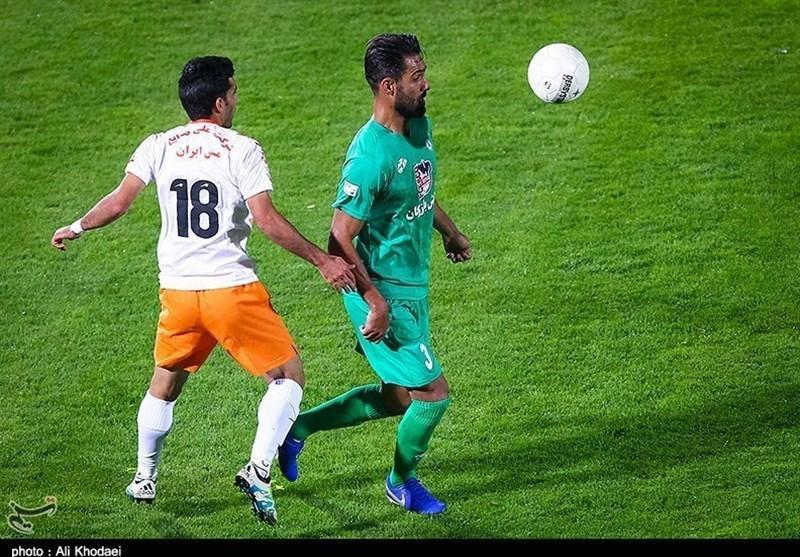 محمدزاده: باشگاه ذوب آهن خیلی راحت خلعتبری را از دست داد، به موفقیت رادولوویچ خوش بینم