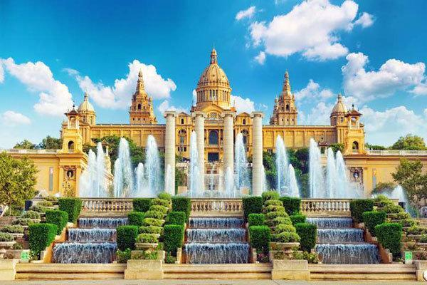 آیا رونق گردشگری اسپانیا رو به افول است؟